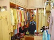 Etalase toko baju, etalase toko pakaian